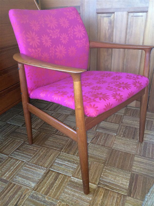 Danish arm chair in vibrant color