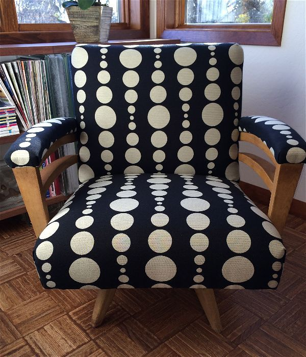 double arm desk chair in KnollTextiles Wide Angle in Optics